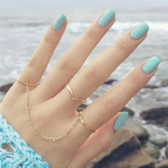 pastel nails, and super cute rings. Hand Jewelry, Cute Jewelry, Jewellery, Jewelry Rings, Hair And Nails, My Nails, Accesorios Casual, Cute Rings, Blue Nails