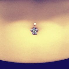 Starfish Belly Button Jewelry Belly Ring by MidnightsMojo on Etsy Belly Button Piercing Jewelry, Bellybutton Piercings, Piercing Ring, Cartilage Earrings, Piercing Ideas, Rustic Jewelry, Bling Jewelry, Jewlery, Jewelry Tattoo