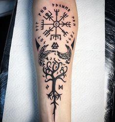 Photo Viking Tattoo Sleeve, Viking Tattoo Symbol, Viking Tattoos, Celtic Tattoos, Sleeve Tattoos, Ogham Tattoo, Pagan Tattoo, Norse Tattoo, Maori Tattoos