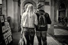 Couple near Ponte Vecchio #Streetphotography #Fotografia #Florence #Firenze #Chiusi #Siena #Cetona #Jornstraten