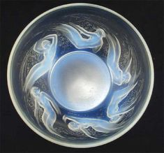 Rene Lalique bowl showing figurative swimmers