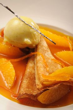 Crepes suzette with vanilla - French Desserts, Lemon Desserts, Dessert Recipes, French Vegetarian Recipes, Healthy Recipes, French Recipes, Profiteroles, Cannoli, Churros