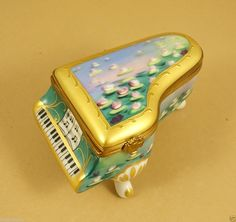NEW AUTHETIC FRENCH LIMOGES BOX CLAUDE MONET GRAND PIANO W WATERLILIES  iandrtravel  I&R Gifts International