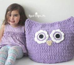 Oversized Owl Pillow ~ free pattern ᛡ