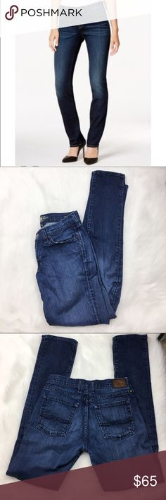 "Lucky Brand Stark Sweet'N Straight Jeans Lucky Brand Stark Sweet'N Straight Jeans. Excellent Pre-owned condition, no flaws. Size 2/26. Length 39"", 8"" rise, 31"" inseam. No modeling/trades. Lucky Brand Jeans"