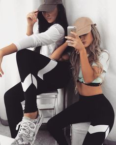 Poses para fotos Nail Stamping definition of nail stamping Bff Goals, Sisters Goals, Best Friend Goals, Best Friend Pictures, Bff Pictures, Friend Photos, Photos Bff, Style Feminin, Sport Outfit