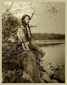 Ponemah (Ojibwe Tribe) No Date 72228_10151388295146368_1061909617_n.jpg 491×623…