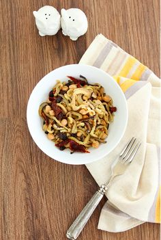 Eggplant Noodles with Sundried Tomatoes and Chickpeas | 12 Healthy And Delicious Ways To Transform Veggies Into Noodles