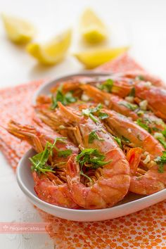 Freshness in pink - Healthy Food Mom Gourmet Recipes, Cooking Recipes, Healthy Recipes, Seafood Dishes, Fish And Seafood, Langostino Recipes, Crudite, Food Print, Tapas