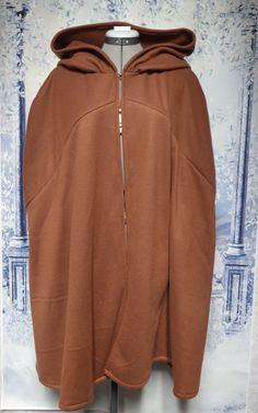 Rust Brown Fleece Cloak Size Large with hood Wet Weather, Cloak, Rust, Hooded Jacket, Thighs, Costume, Hoodies, Brown, Style