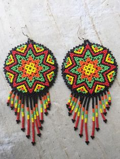 Huichol beaded eartings long by ArtesaniasBatyah on Etsy Seed Bead Earrings, Beaded Earrings, Seed Beads, Crochet Earrings, Bead Jewellery, Beaded Jewelry, African Swimwear, Japanese Patchwork, African Necklace