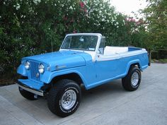 Jeep Comando in blue without top Jeep 4x4, Jeep Truck, Jeep Pickup, Jeep Cars, Cool Jeeps, Cool Trucks, Jeepster Commando, Jeep Scrambler, Military Jeep
