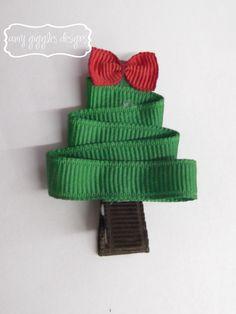 Christmas Hair Bows @Kristen Urner Boutique {Bonnie} @Caitlin Giles Roberts