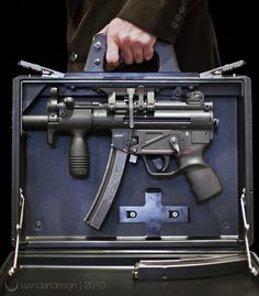 suitcase sub-machine gun
