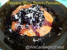 Flourless Whey Protein Pancakes via @Elle @wecanbegin2feed #pancakes