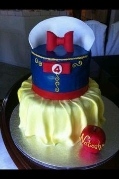 Fondant Cakes, Cupcake Cakes, Cupcakes, Snow White Cake, Prince Cake, Snow White Birthday, Fantasy Cake, White Cakes, Different Cakes