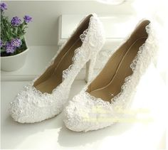 57.00$  Buy here - http://alivbu.worldwells.pw/go.php?t=2020545802 - 2016 New Luxury Fashion Wedding Dress Shoes Brida Gowns High Heel  Pumps Party Evening shoes  Imitation Pearl Shoe Size 34-40 57.00$