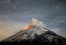 Popocateptl volcano, 55km from Mexico City, seen from el Paso de Cortes, central State of Puebla