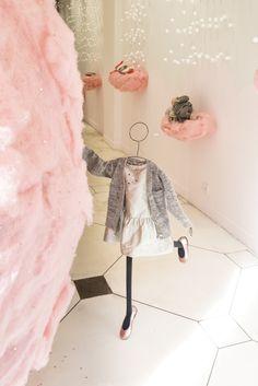 Bonpoint Winter 2014 : Pink Window