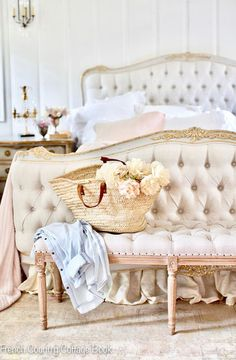 French Country Bedrooms, French Country Cottage, French Country Style, Country Living, French Home Decor, French Country Decorating, Home Design, Interior Design, On Repeat