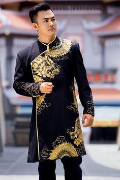 ao dai for men Indian Men Fashion, Asian Fashion, Men's Fashion, Fashion Outfits, Vietnamese Men, Vietnamese Clothing, Ao Dai Wedding, Wedding Dress Men, Vietnamese Wedding Dress