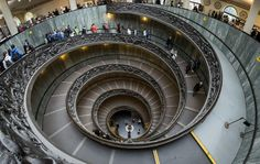 Vatican Museums Spiral Staircase   © User:Colin/WikiCommons