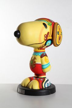 Good gosh, how many MUMEDI Snoopy statues are there?!
