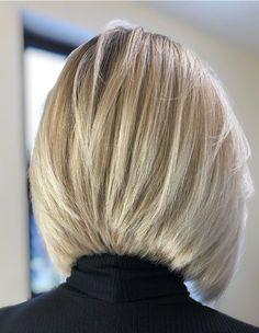 Medium Hair Cuts, Short Hair Cuts, Medium Hair Styles, Short Stacked Haircuts, Oval Face Haircuts, Short Hair Syles, Cabelo Pin Up, Bob Haircut Back View, Blunt Hair
