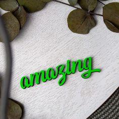 """Der 3D Schriftzug """"Amazing """" – ein ganz individuelles Geschenk für einen besonderen Menschen in Deinem Leben, ein persönliches Dekorationsstatement oder einfach ein schöner Spruch. Statements, Wooden Signs, Decorative Items, Wands, Unique Gifts, Wall Decor, Etsy Shop, Motivation, Amazing"""