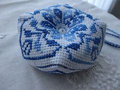 Toca do tricot e crochet: Biscornus !!! Com Tutorial !!!