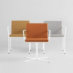 The ALN collection is made up of multipurpose chairs with a central swivel base or a four legged stackable version. The collection is completed with bench seating for waiting areas. The seats can be upholstered in any of the leathers or fabrics of the INCLASS swatch cards as well as any fabrics supplied or specified by the customer. Optionally, the upholstery can be customised with horizontal seams. The metal frames can be finished in chrome or polyester paint in white, black and aluminium.