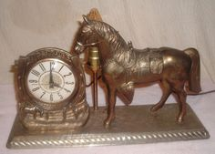 Vintage Lanshire Time for Luck Western Horse Clock TV Lamp Horseshoe/Saddle/Corr