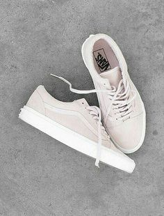 Sneakers | Vans | More on fashionchick.nl