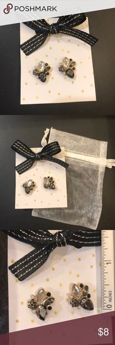 Crystal cluster earrings NWOT tags crystal earrings, comes in cute package. Perfect for gifts. Nickel free. I'm new to Posh, so any comments on suggestions for packaging or presentation are much appreciated. Happy poshing! Jewelry Earrings