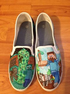 Amazing minecraft shoes that might cost a lot. Amazing Minecraft, How To Play Minecraft, Minecraft Crafts, Minecraft Party, Minecraft Shoes, Minecraft Outfits, Minecraft Clothes, Custom Vans, Custom Shoes