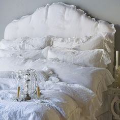 Bella Notte Linen at Chintz & Company....Oh My....Love this SOOOO much!!! Did I say I loved this...dream!