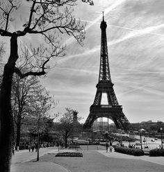 The Eifel tower, Paris by JNvL Photography