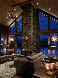 Vaulted Living Rooms, Living Room Interior, Dream Home Design, House Design, Mountain House Decor, Tiny House Big Living, Chalet Interior, Cabin Fireplace, Log Homes