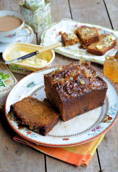 The Lavender & Lovage Weekend Bakery: Sticky Ginger Marmalade Tea Loaf Recipe - Lavender and Lovage - Food: Veggie tables Making Marmalade, Marmalade Recipe, Recipe Ginger, Loaf Recipes, Baking Recipes, Cake Recipes, Welsh Recipes, English Recipes, Sourdough Recipes