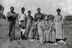 IROQUOIS SENECA FAMILY , 1904