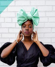 MÉLANIE bold and vibrant head wrap Black Fashion Bloggers, Black Women Fashion, Beautiful Dark Skinned Women, Beautiful Black Women, African Head Wraps, Dark Skin Beauty, Fall Outfits, Fashion Looks, Vibrant