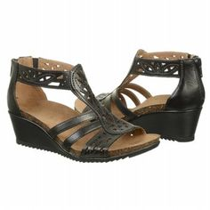 Earth Origins  Women's Kingsley at Famous Footwear....VERY COMFORTABLE