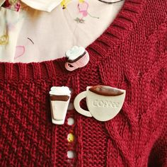 Hot beverage shaped brooch with Fimo clay!