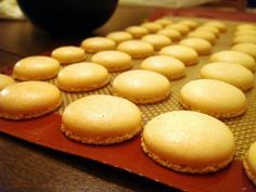 Macarons, Muffin, Dessert Recipes, Sweets, Bread, Cookies, Baking, Breakfast, Cake