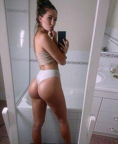 """""""Rebecca Holly #ass #asstagram"""""""