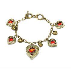 Retro Vintage Heart Shape Bracelet - Red Lips Fashion