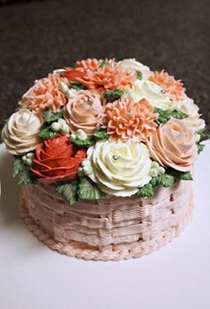 The basket texture Flower cake  Made by Alice.