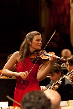 Teatro alla Scala: Zubin Mehta, Janine Jansen, and the Orchestra of the Maggio received fifteen minutes of applause after their performance in Milan on April 15, 2012.