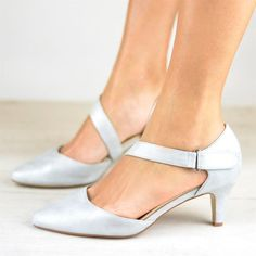 Item ID: Description: Theme:Summer Gender:Women Toe Type:Pointed Toe Style:Casual, Elegant Material:PU Package included: of shoes(without box) Shipping Receiving t. Oxford Shoes Heels, Women Oxford Shoes, Pumps Heels, Women's Shoes, Shoes Women, Stiletto Heels, Dress Shoes, Set Fashion, Fashion Shoes