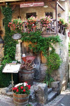 Saint Cirq de Lapopie ~ France
